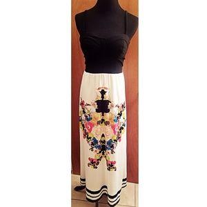 2b bebe Floral Side-Cutout Maxi Dress